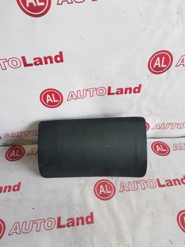 Крышка airbag Honda Stream RN1 левая