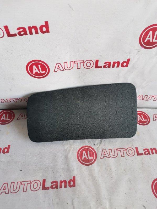 Крышка airbag Honda Stepwagon RF5 передняя левая