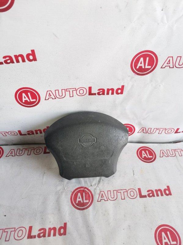 Крышка airbag Nissan March K11 правая