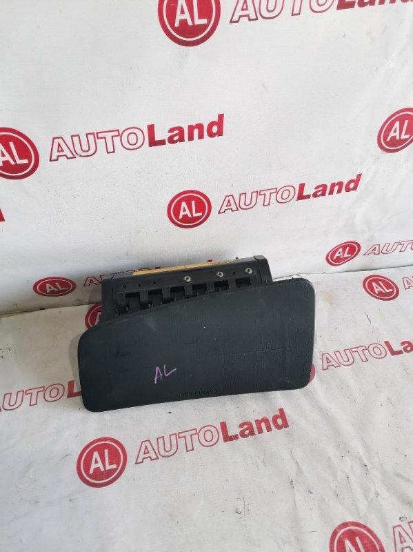 Крышка airbag Toyota Cresta GX100 передняя левая