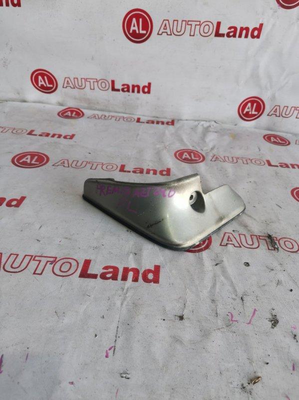 Брызговик Toyota Premio NZT240 передний левый