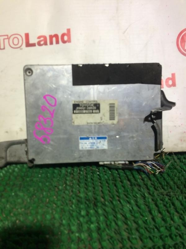 Блок управления двс Toyota Voxy AZR60 1AZ-FSE