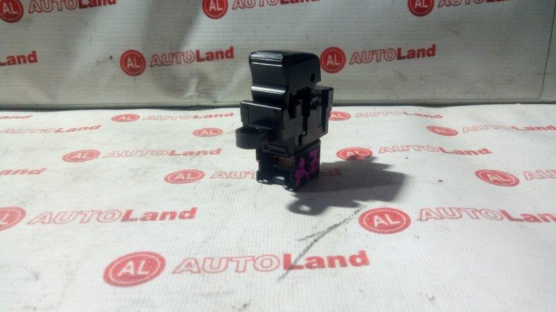 Блок управления стеклоподьемника Nissan Cube AZ10 задний левый