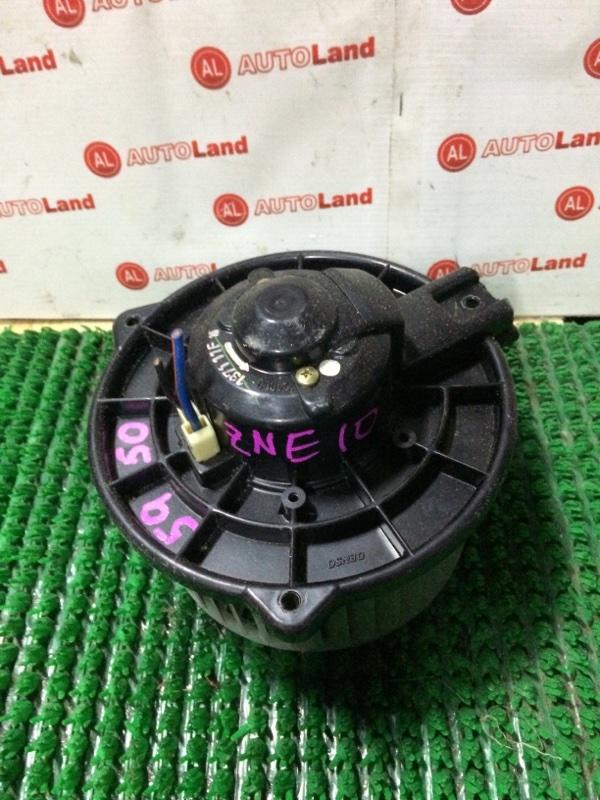 Мотор печки Toyota Wish ZNE10