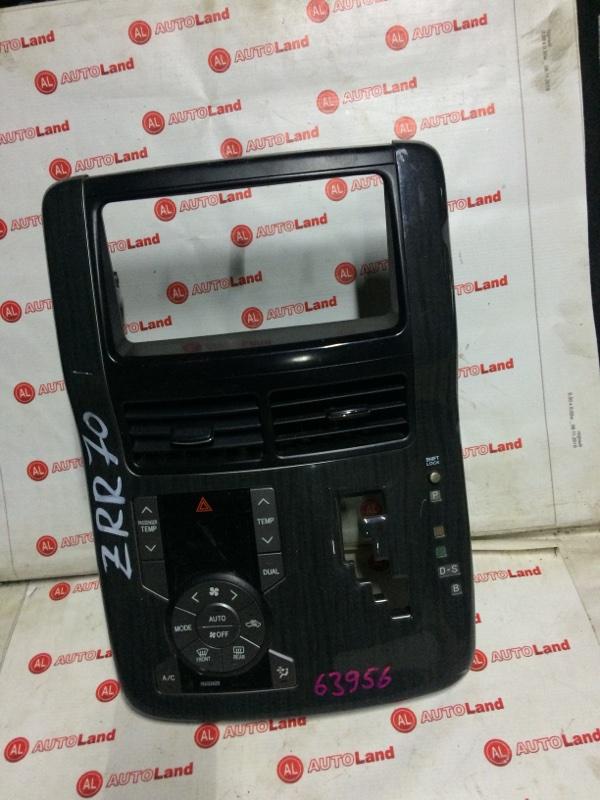 Блок управления климат контроля Toyota Noah ZRR70