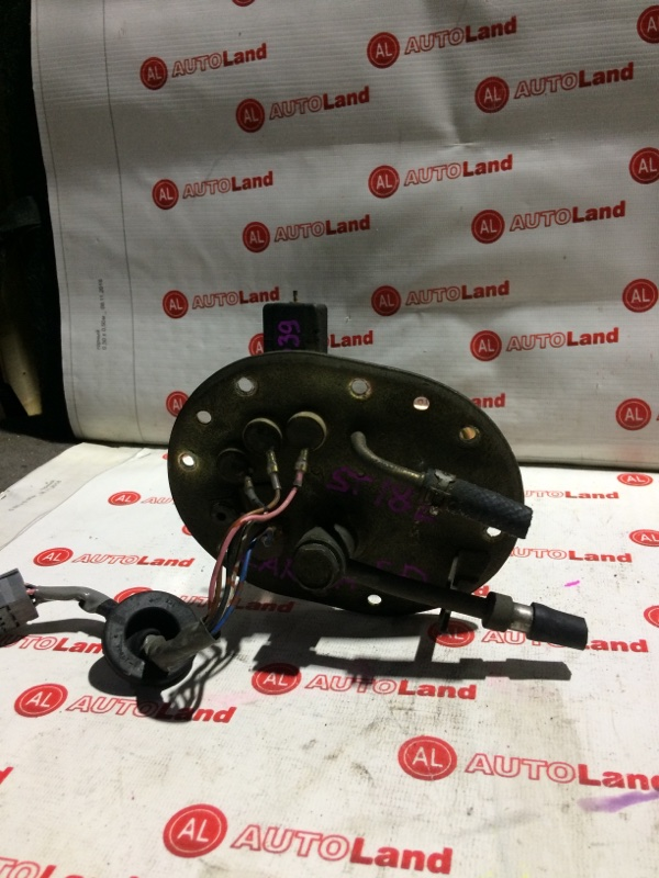 Корпус бензонасоса с датчиком уровня топлива Toyota Carina Ed ST182