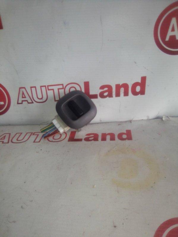Блок управления стеклоподьемника Toyota Platz SCP11 задний правый