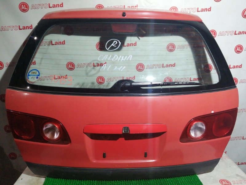 Дверь 5я Toyota Caldina ST210
