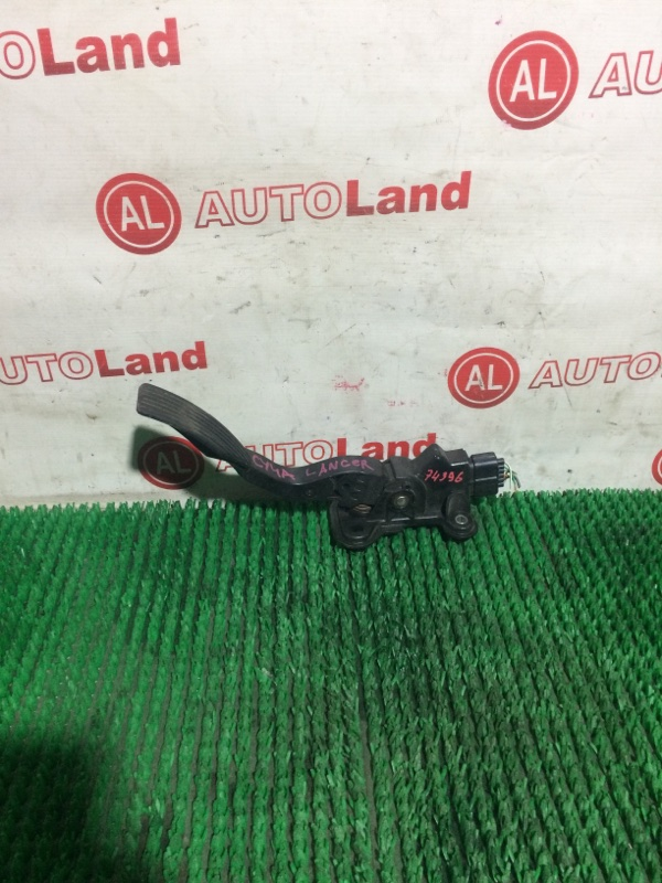 Педаль газа Mitsubishi Lancer CY4A