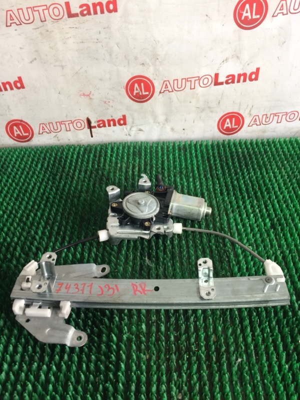 Стеклоподъемник Nissan Teana J31 задний правый