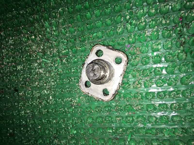Шкворень Suzuki Jimny JA22 K6A 1997 передний