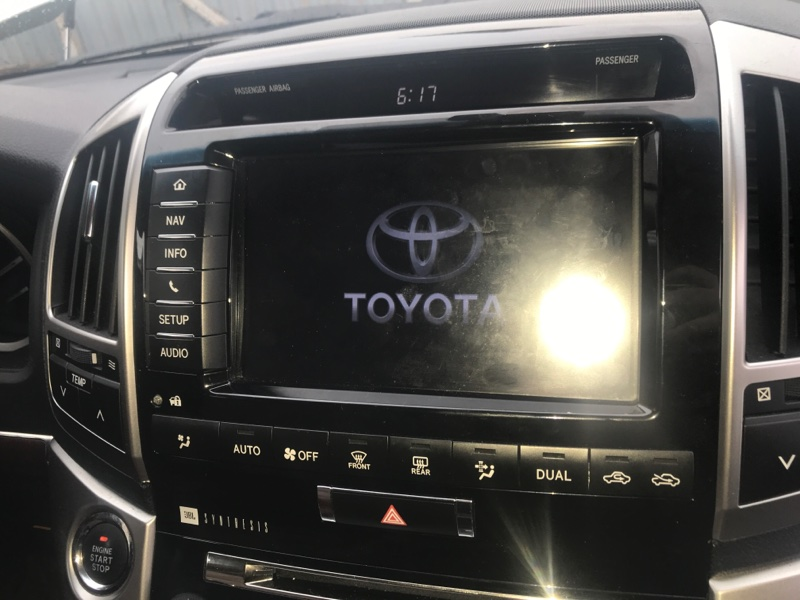 Монитор Toyota Land Cruiser VDJ200 1VD-FTV 2014 (б/у)