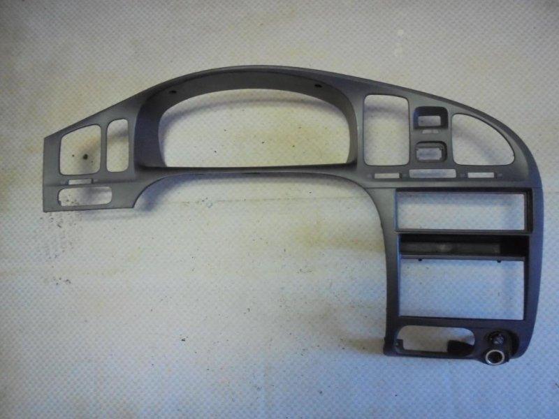 Накладка консоли центральной Hyundai Elantra XD G4ED 2004 (б/у)
