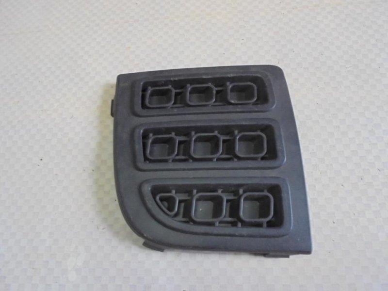 Решетка в бампер Ford Fusion CBK FXJA 2006 правая (б/у)