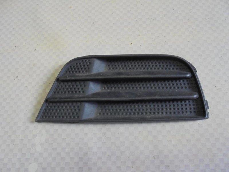 Решетка в бампер Ford Fusion CBK FXJA 2004 правая (б/у)