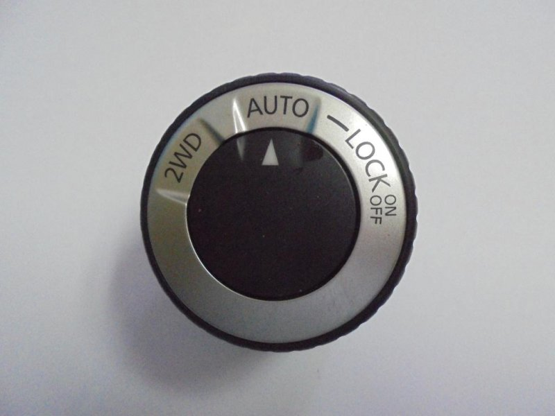 Кнопка блокировки дифференциала Nissan X-Trail T31 MR20DE 2011 (б/у)