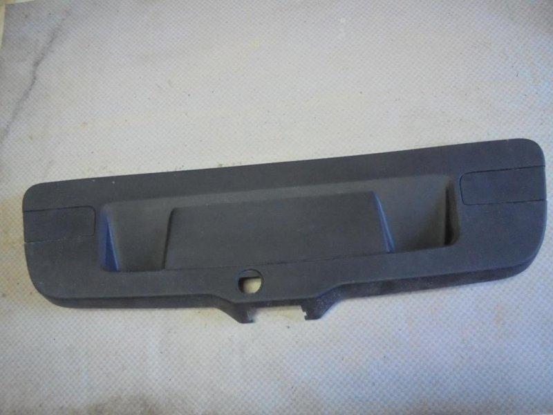 Обшивка крышки багажника Volkswagen Jetta 162 CLR 2012 (б/у)