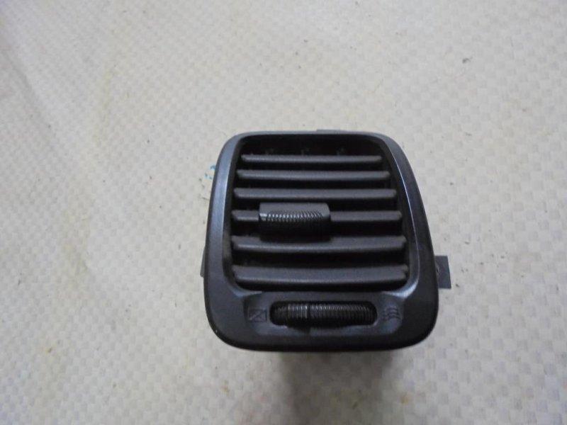 Дефлектор воздушный Hyundai Sonata EF G4JS 2002 левый (б/у)