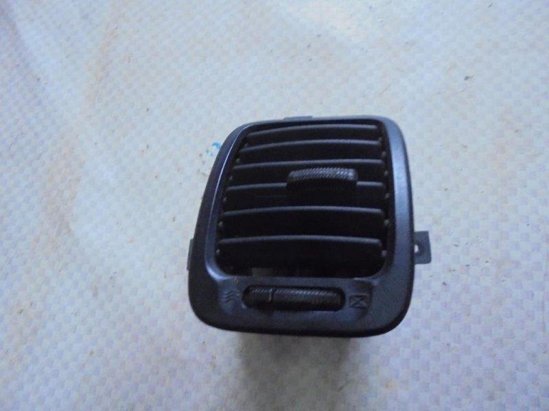 Дефлектор воздушный Hyundai Sonata EF G4JS 2002 правый (б/у)