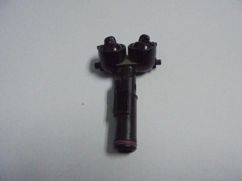 Форсунка омывателя фар Mazda Mazda3 BK левая (б/у)