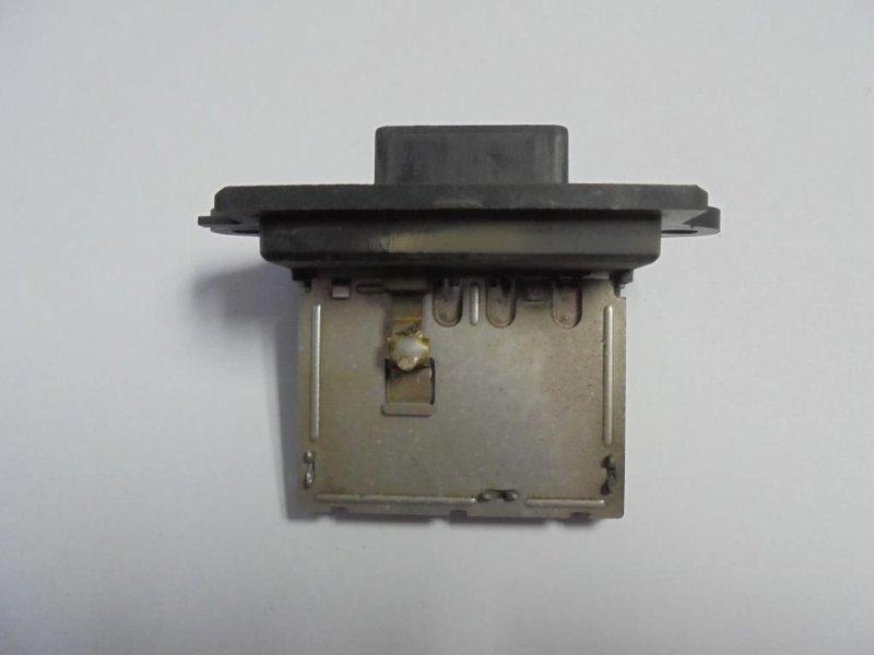 Резистор отопителя Nissan Tiida C11 HR16DE 2008 (б/у)