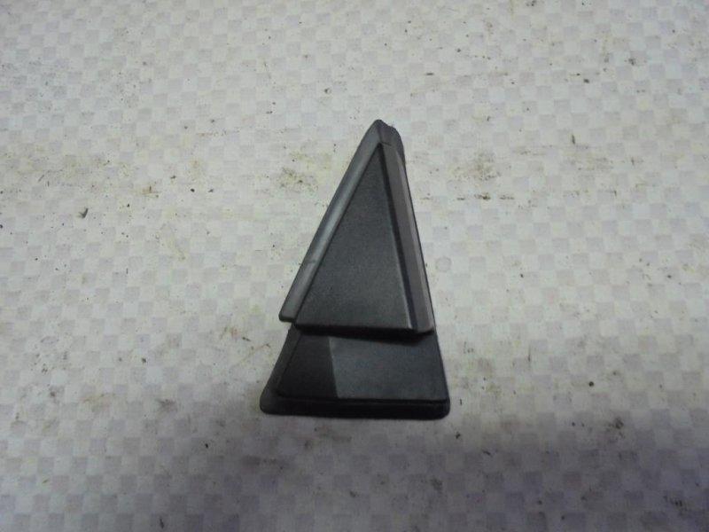 Накладка крыла Nissan Tiida C11 HR16DE 2008 задняя правая (б/у)
