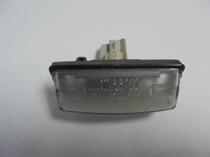 Фонарь подсветки номера Nissan Tiida C11 HR16DE 2008 (б/у)