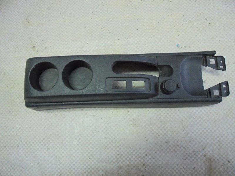 Консоль центральная Nissan Tiida C11 HR16DE 2008 задний (б/у)