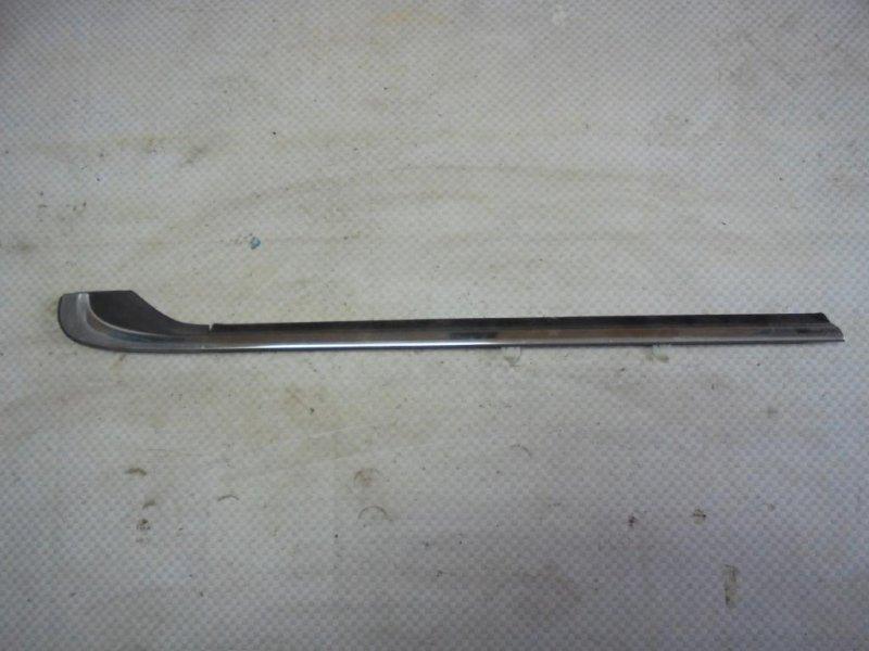 Уплотнитель стекла двери Honda Inspire CC2 G25A 1993 задний правый (б/у)