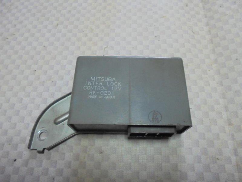 Блок управления центральным замком Honda Inspire CC2 G25A 1993 (б/у)