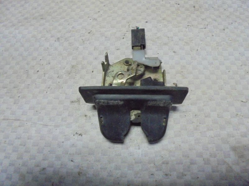 Замок багажника Honda Inspire CC2 G25A 1993 (б/у)