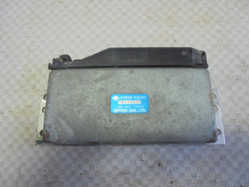 Блок управления abs Nissan Maxima A32 VQ30DE 1998 (б/у)