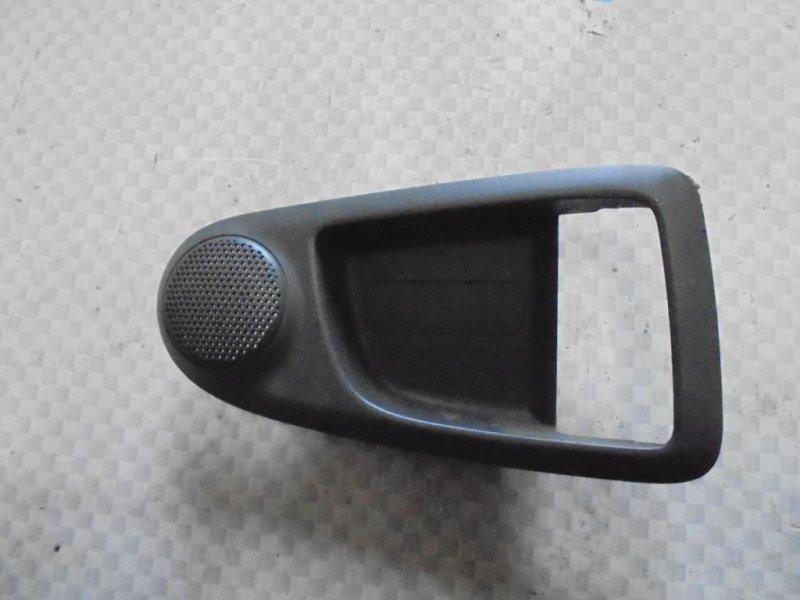 Накладка ручки двери внутренняя Kia Cerato LD G4ED 2005 передняя правая (б/у)