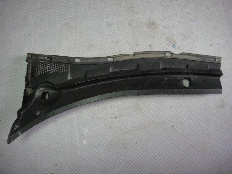 Решетка стеклоочистителей Mazda Mazda3 BK LF 2006 левая (б/у)