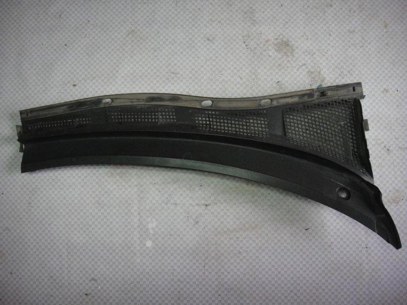 Решетка стеклоочистителей Mazda Mazda3 BK LF 2006 правая (б/у)