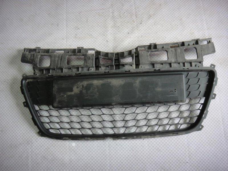 Решетка в бампер Hyundai I30 FD G4FA 2009 (б/у)