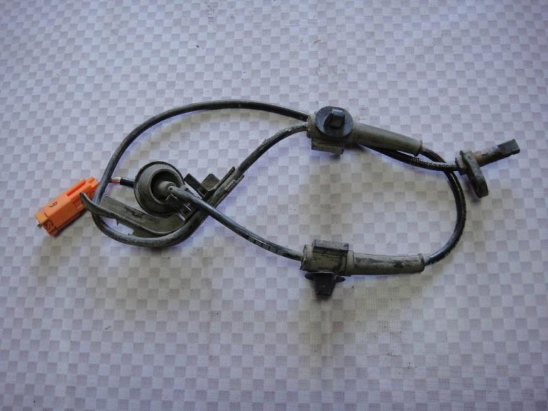 Датчик abs Honda Fit GD L15A1 2008 задний левый (б/у)
