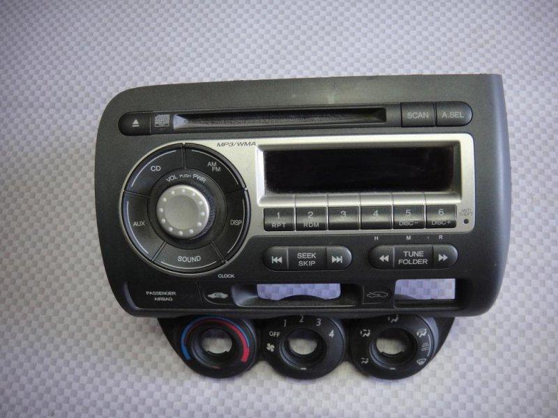 Магнитола Honda Fit GD L15A1 2008 (б/у)