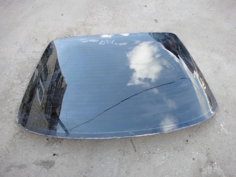 Стекло заднее Audi 80 89/B3 PP 1986 заднее (б/у)