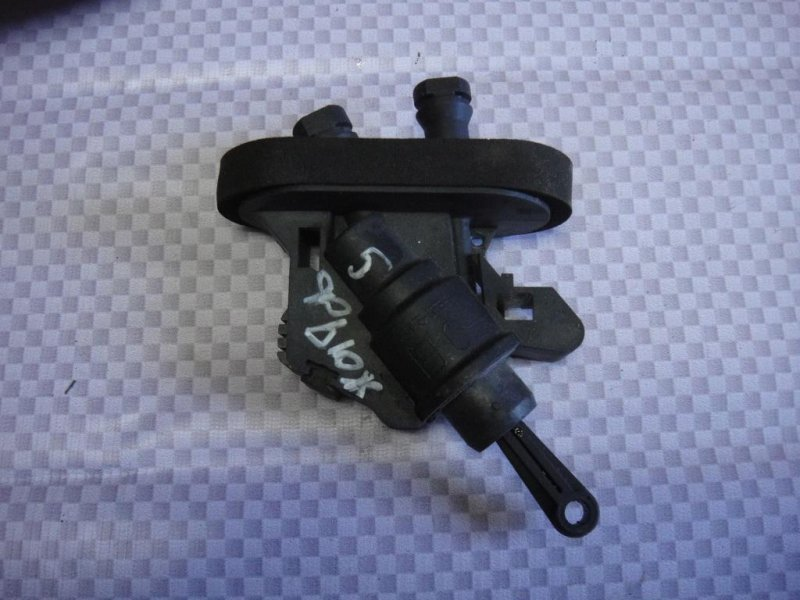Цилиндр сцепления главный Ford Fusion CBK FXJA 2007 (б/у)