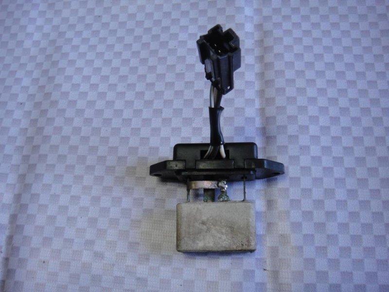 Резистор отопителя Mitsubishi Pajero V33V 6G72 1991 (б/у)