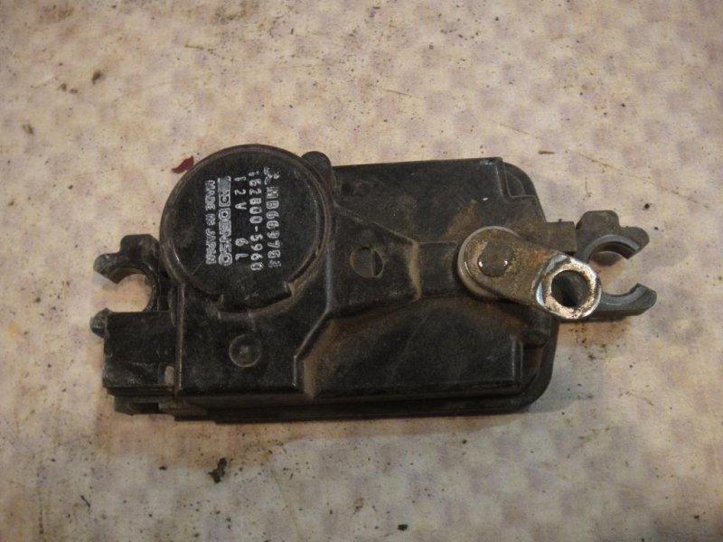 Активатор замка двери Mitsubishi Pajero V33V 6G72 1991 задний правый (б/у)