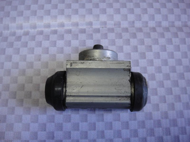 Цилиндр тормозной рабочий Opel Corsa D Z14XEP 2008 (б/у)