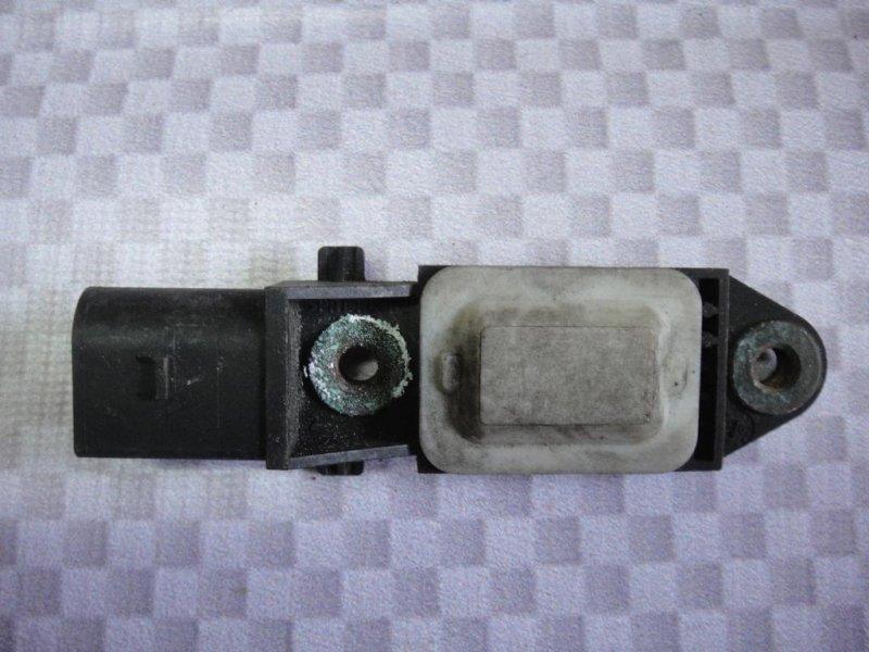 Датчик airbag Mercedes-Benz E-Class W211 M272.943 2006 передний (б/у)