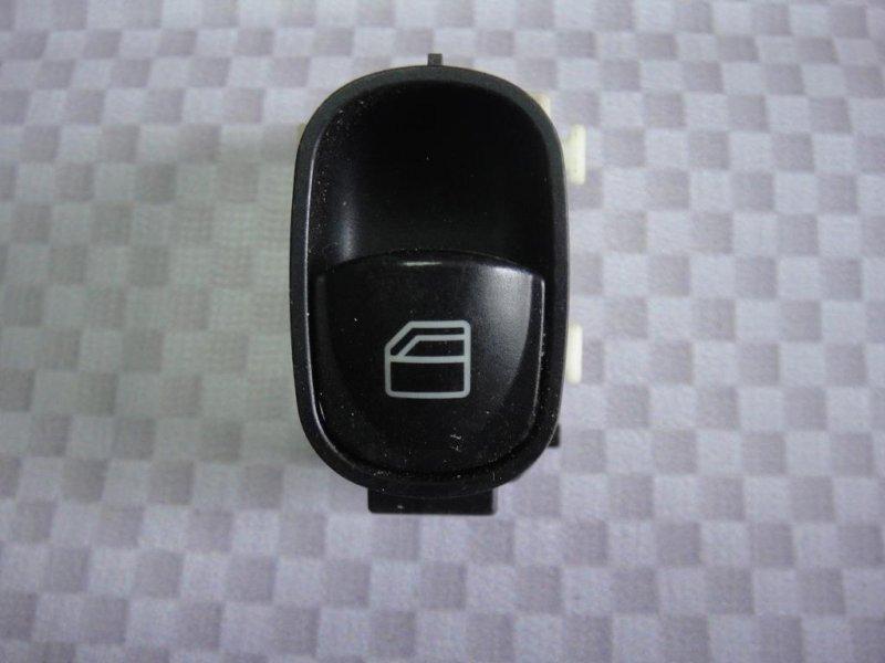 Кнопка стеклоподъемника Mercedes-Benz C-Class W203 M271.940 2002 задняя (б/у)
