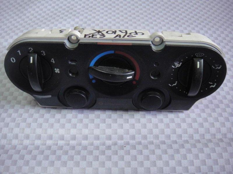 Блок управления отопителем Ford Fusion CBK FXJA 2006 (б/у)