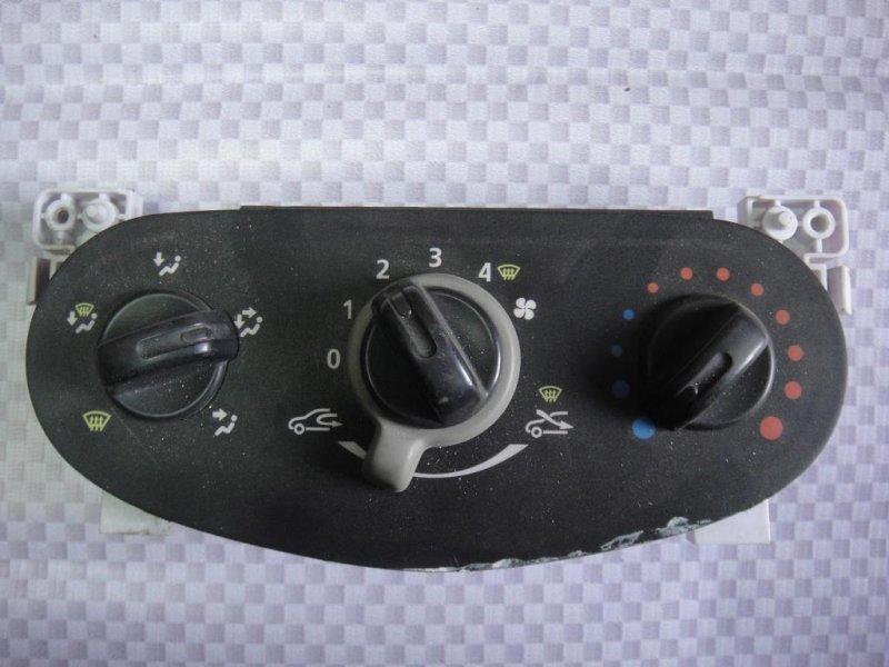 Блок управления отопителем Renault Logan LS0H K7M 2011 (б/у)