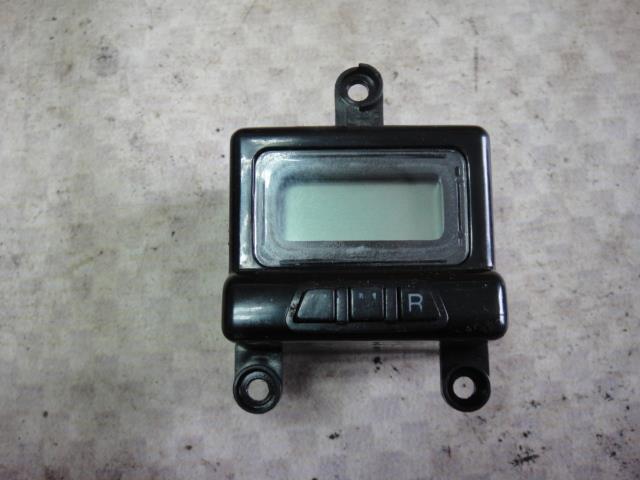 Часы Hyundai Elantra XD G4ED 2004 (б/у)