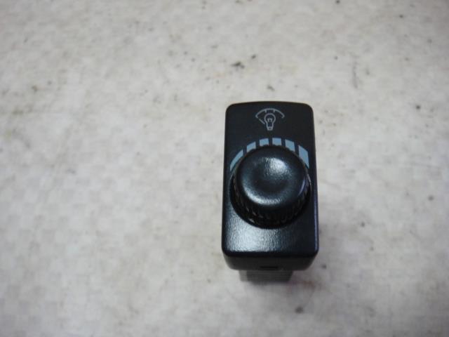 Кнопка освещения панели приборов Kia Rio DC A5D 2001 (б/у)