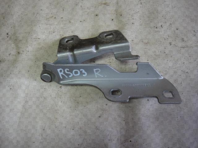 Петля капота Renault Symbol LB0C K7J 700 2005 правая (б/у)